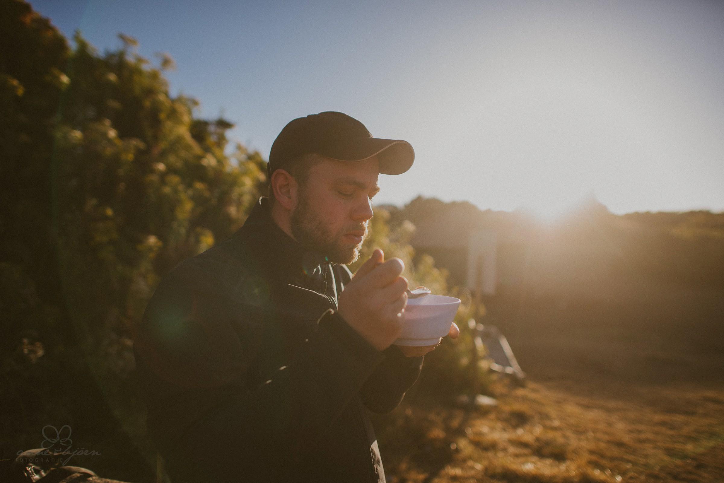 Porridge, Frühstück, Sonnenaufgang, Zelten, Camping, Vaude, Jacke, Mode