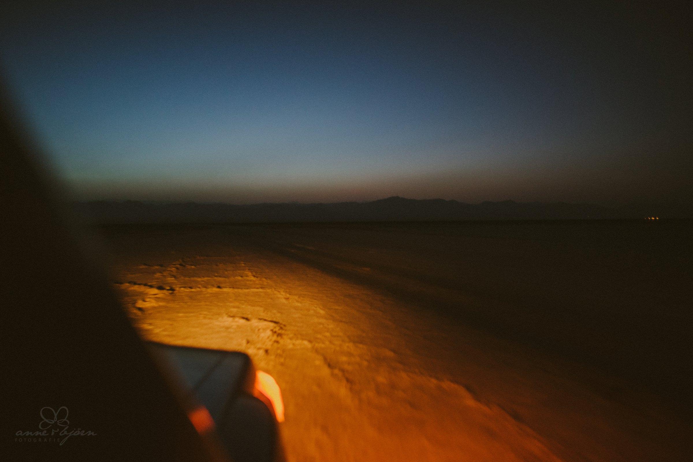 Jeep, Dunkelheit, Wüste,
