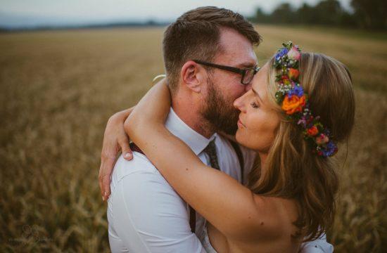 Blumenkranz, Flowercrown, Liebe, Zuneigung, Brille, Feld, Paar