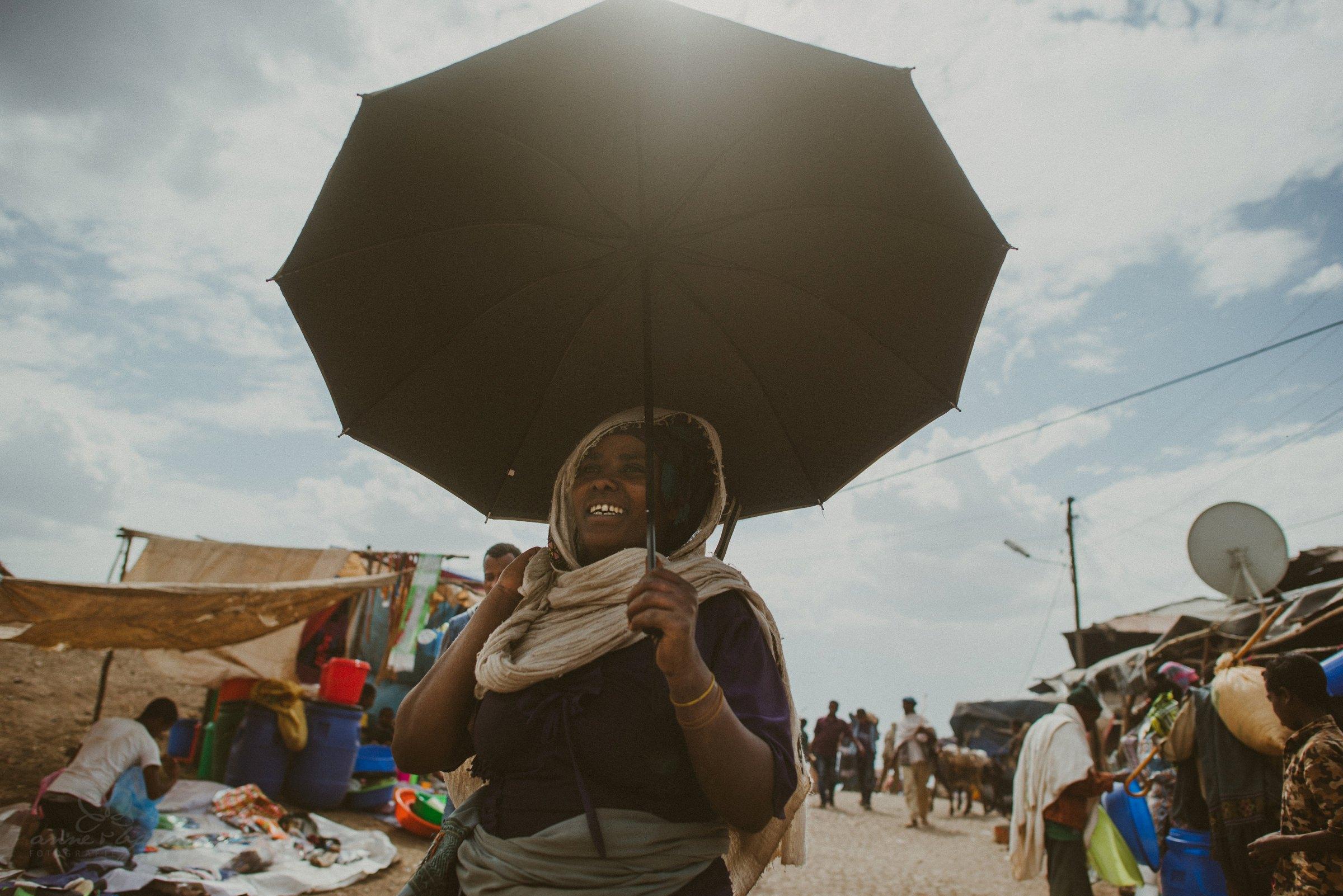 Regenschirm, Sonnenschirm, Frau, farbige Frau, Markt